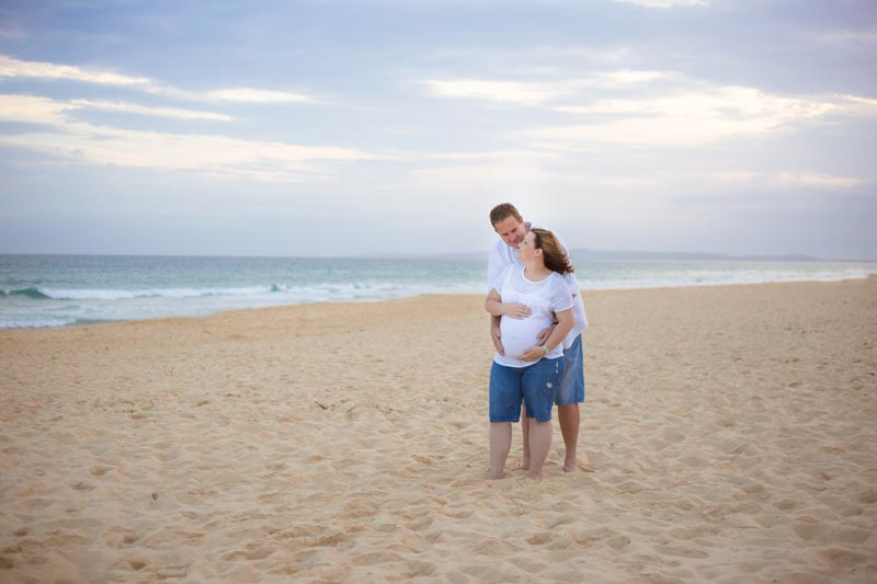 A Newcastle beach photography session with Maternity photographer little Magnolia